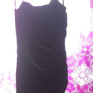 NWT: Stunning black velvet dress